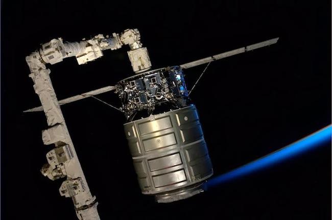 Cygnus-Canadarm2